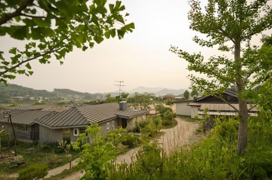Sanmaeul High School's mountain campus in South Korea (photo: Patrick Lydon)