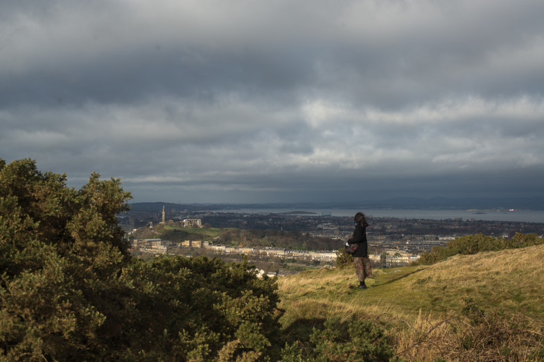 Suhee looking out to Edinburgh and Leith from Holyrood Park (P.M. Lydon | CC CY-SA)